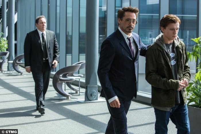 Spider Man Homecoming Ironman Robert Downey Jr