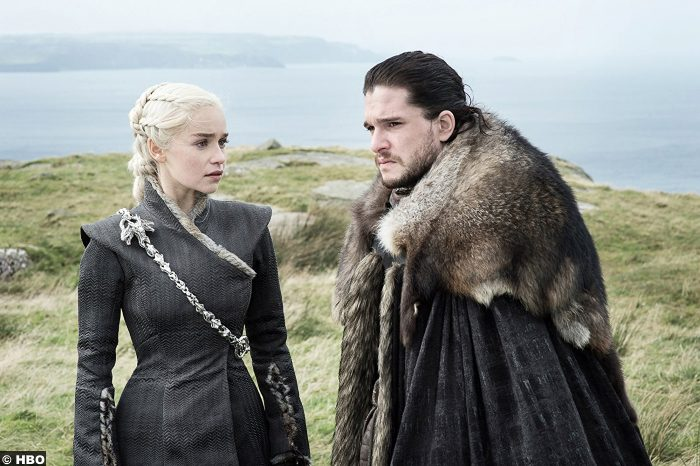 Game Of Thrones S7e5 Emilia Clarke Daenerys Targaryen Jon Snow Kit Harrington