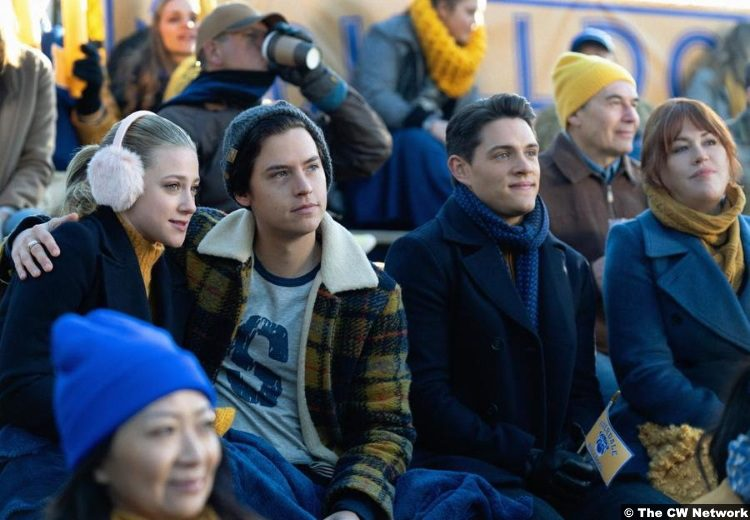 Riverdale S04e10 Cole Sprouse Lili Reinhart Casey Cott Jughead Betty Kevin Molly Ringwald Mary