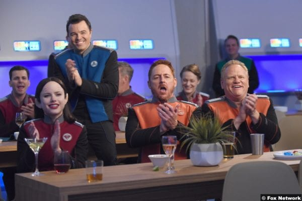 The Orville S01e09 Seth Mcfarlane Halston Sage Scott Grimes Larry Joe Campbell Captain Ed Mercer Alara Kitan Gordon Malloy Steve Newton